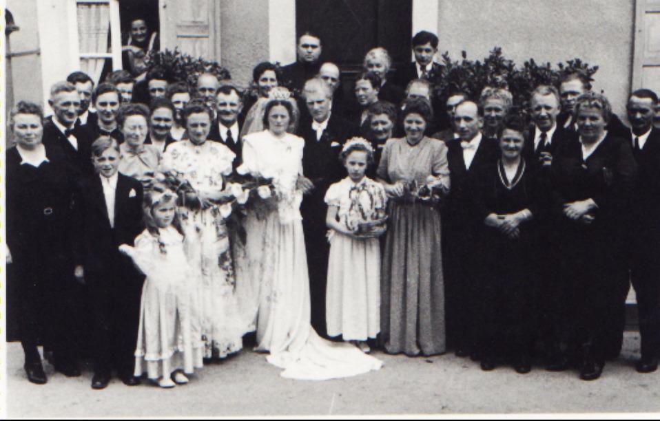Franz Steinmetz mit Hochzeitsgesellschaft