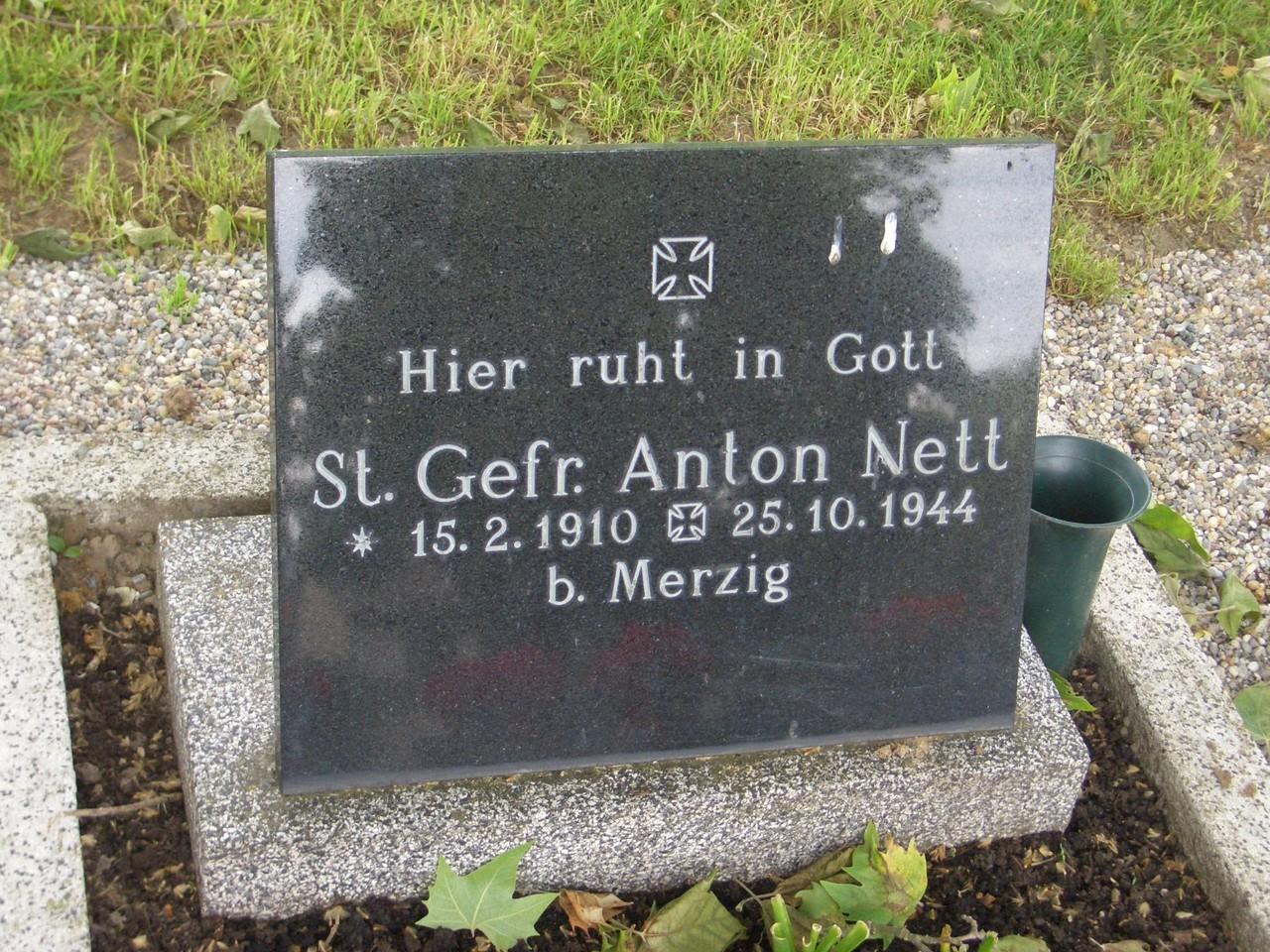 Grab Anton Nett, gefallen 25.10.1944 bei Merzig