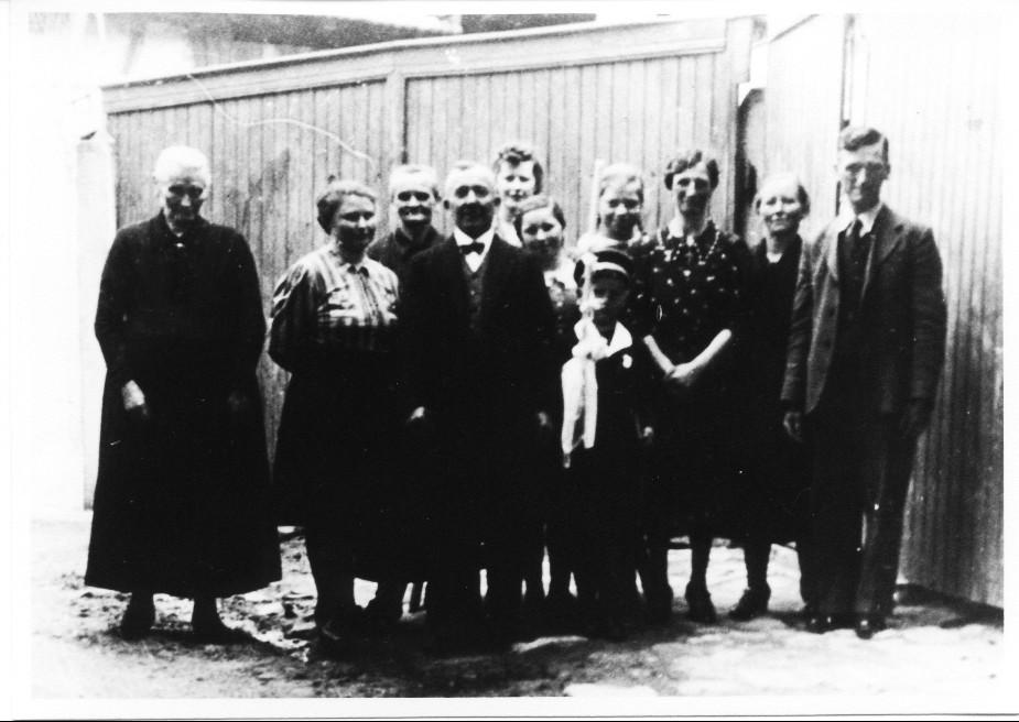 Andreas Schneider mit Familie im Anwesen Hintergasse (Storchengasse)