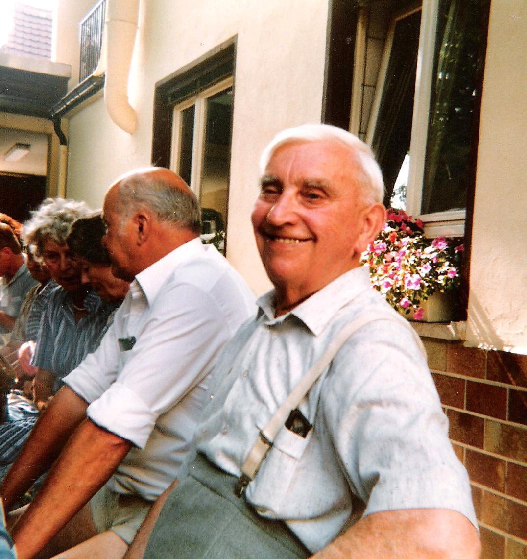 Eugen Kästel (verh. mit Pauline), Vater von Lydia Adam, Irma Sturm, Martin, Robert
