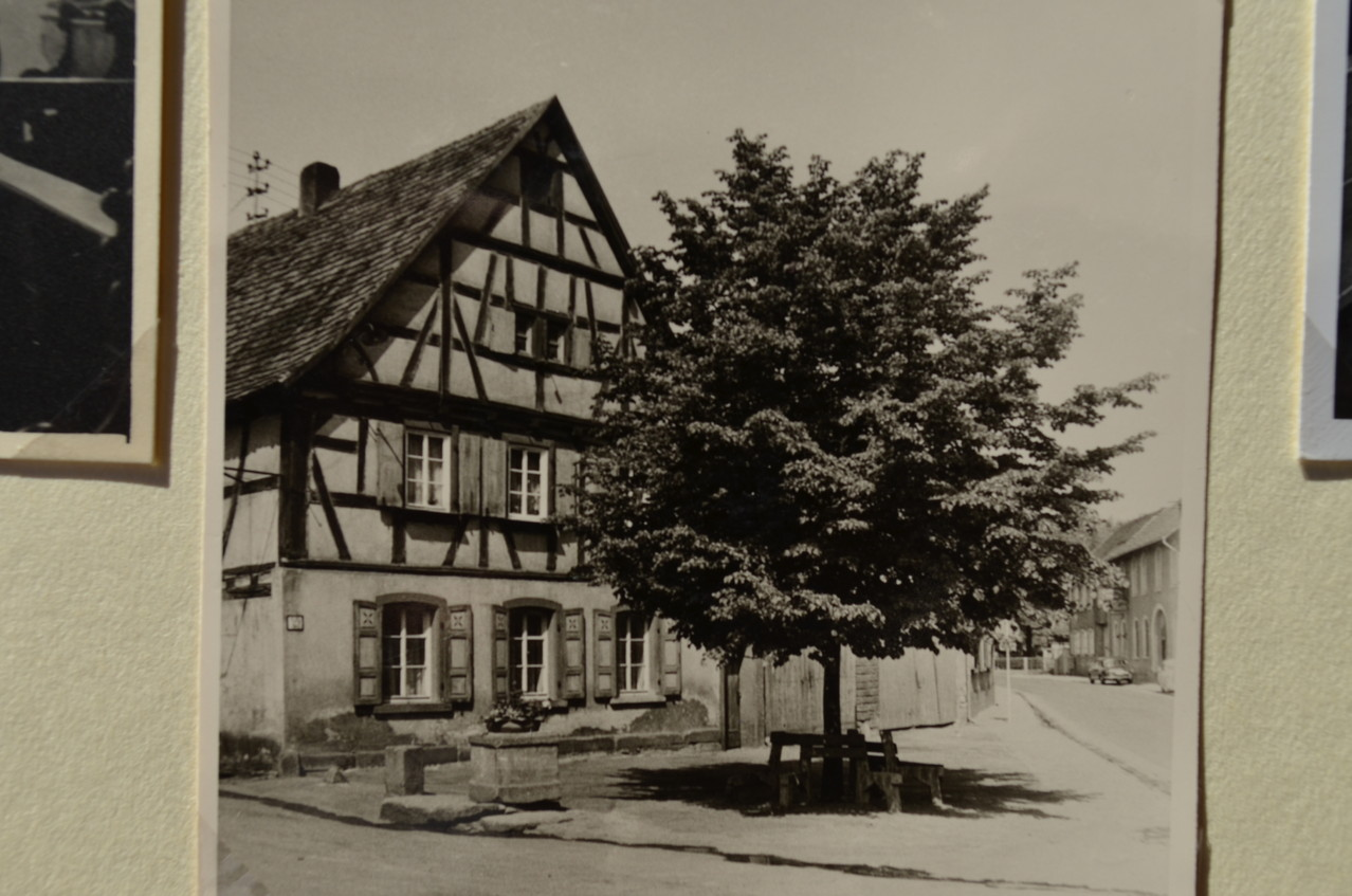 Böhlgasse, heute Gäustraße mit Böhlbrunnen