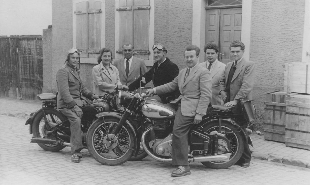 Günther Stadler mit Motorrad