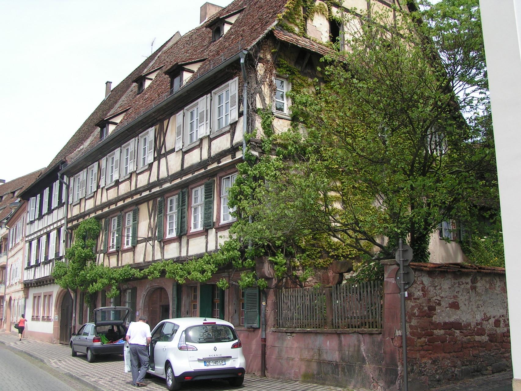 Ehemaliges Hotel in Weißenburg
