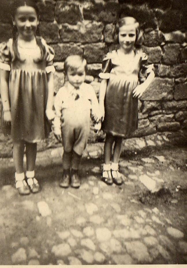 Geschwister Hilschmann (Maria, Anita und Oswald)