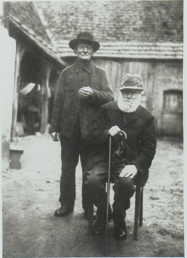 Gebrüder Hilschmann (Michael stehend, Geburtsjahr 1861, Vater von Georg Hischmann) und Johannes, geboren 1852