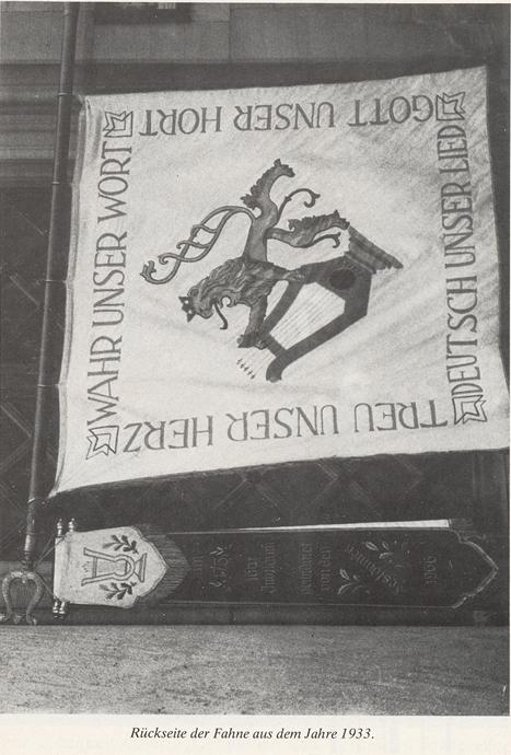 Rückseite der Vereinsfahne nach Zusammenschluss beider Männerchöre 1933