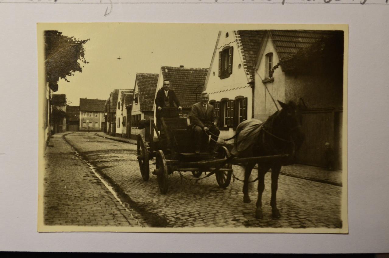 Duttwelerer Straße von Westen Richtung Gäustraße