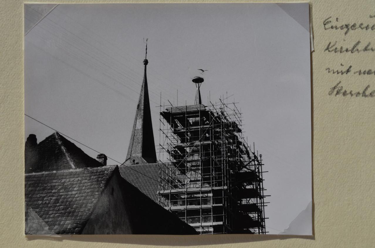 Sicherung der Fassade der Kirche in den 60er Jahren