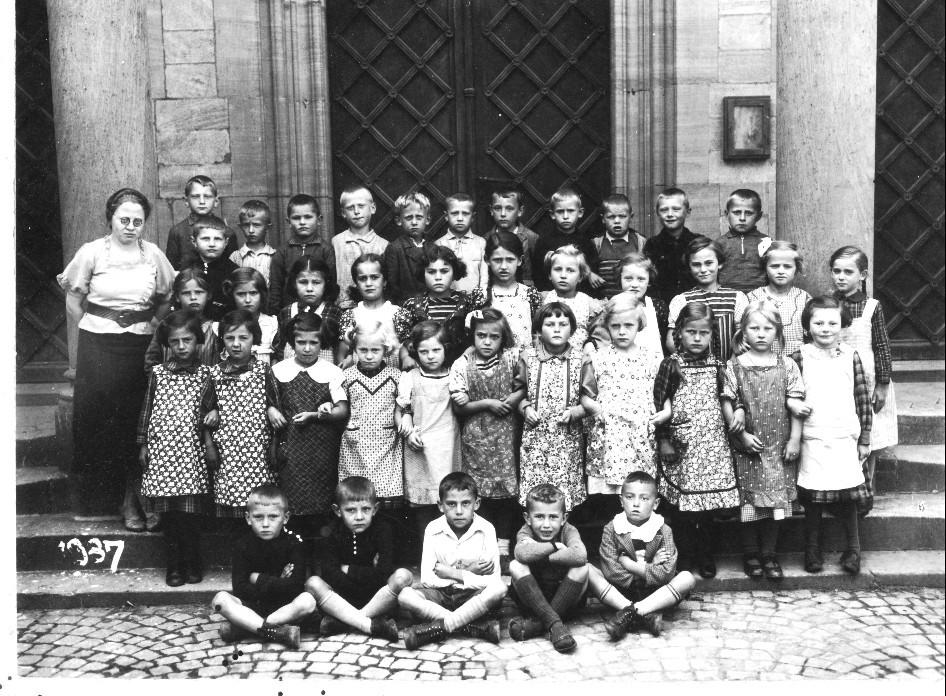Geburtsjahrgang 1930 bis 1931, Klassenbild von 1937
