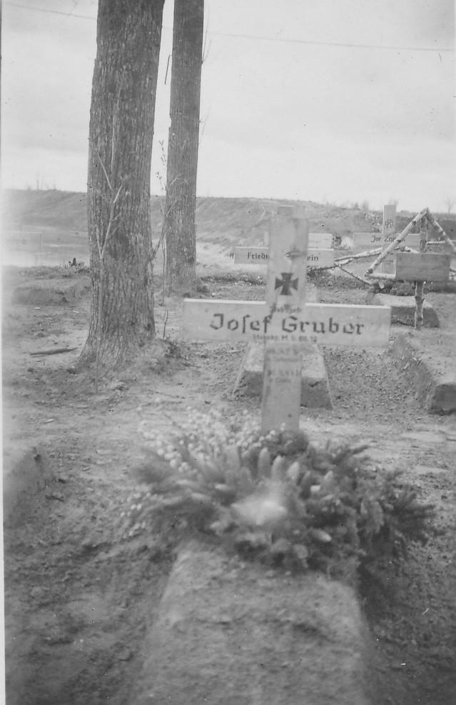 Grab von Josef Gruber