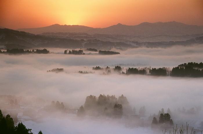 浅草岳の夜明け 池ヶ原