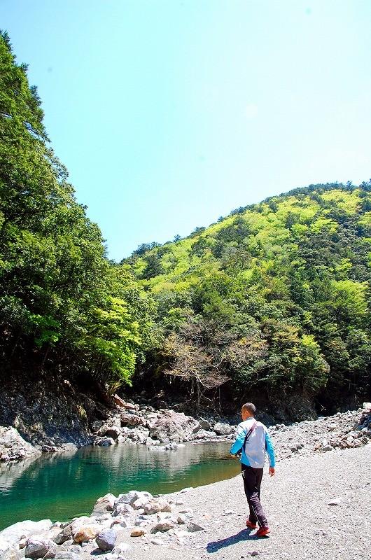 京良谷(キョウラタニ):河原に出られる休憩ポイント