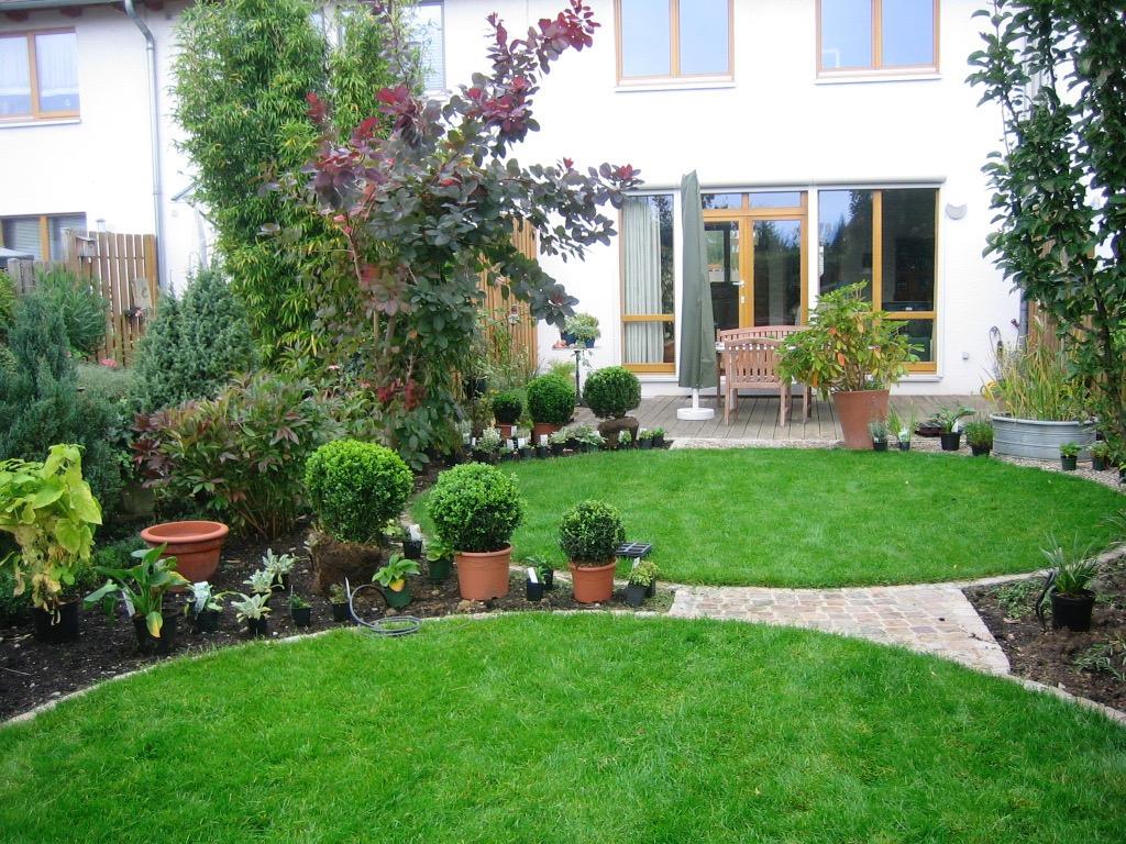 Reihenhausgarten 7