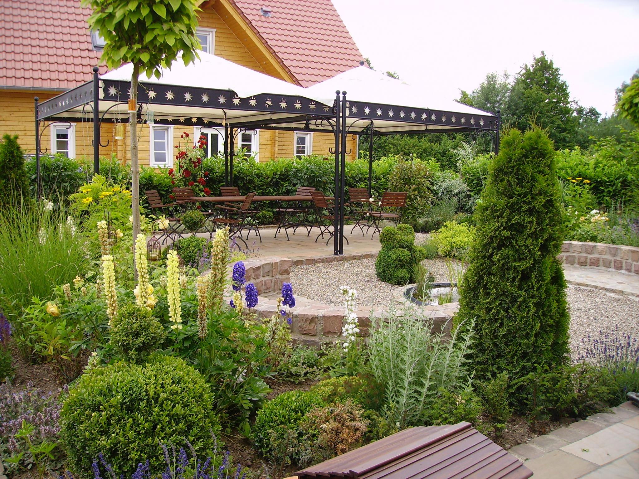 Kies- und Splittgarten 7