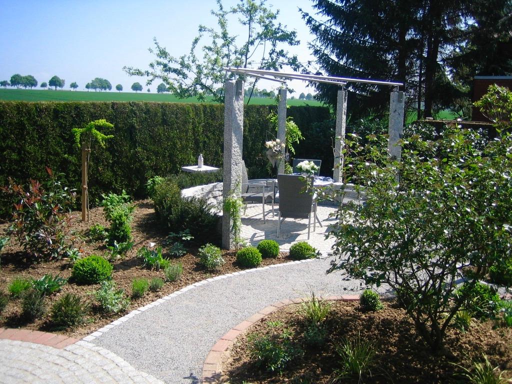 Einfamilienhausgarten 28