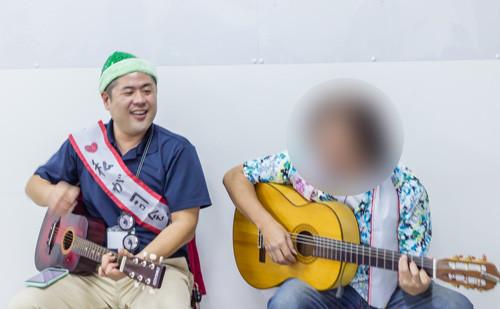 上野と訓練生で「真っ赤な鼻のトナカイ」