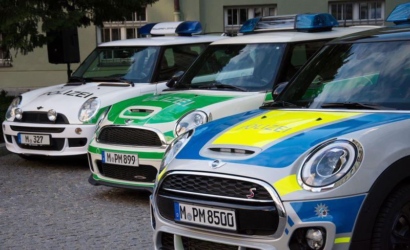 Seit 31. Januar 2018 gibt es den 3. Mini bei der Münchner Polizei  (Pressefoto)