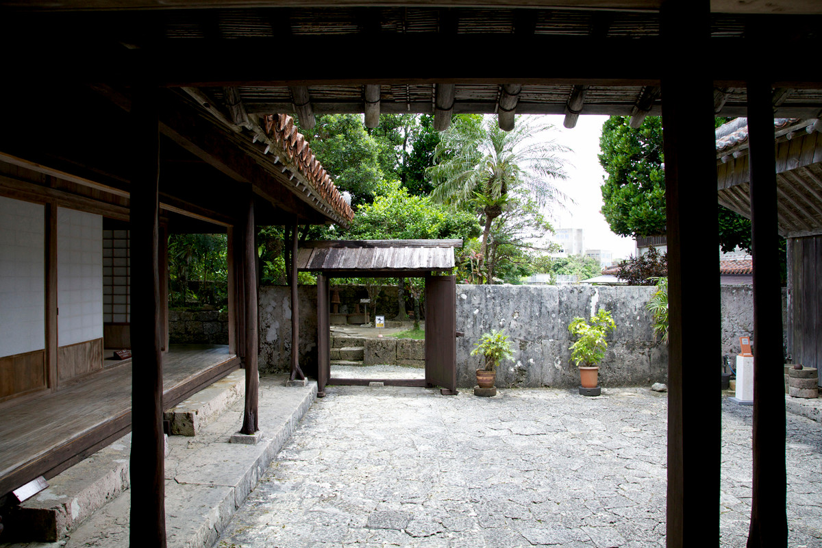 沖縄写真 中村家住宅 沖縄の古民家