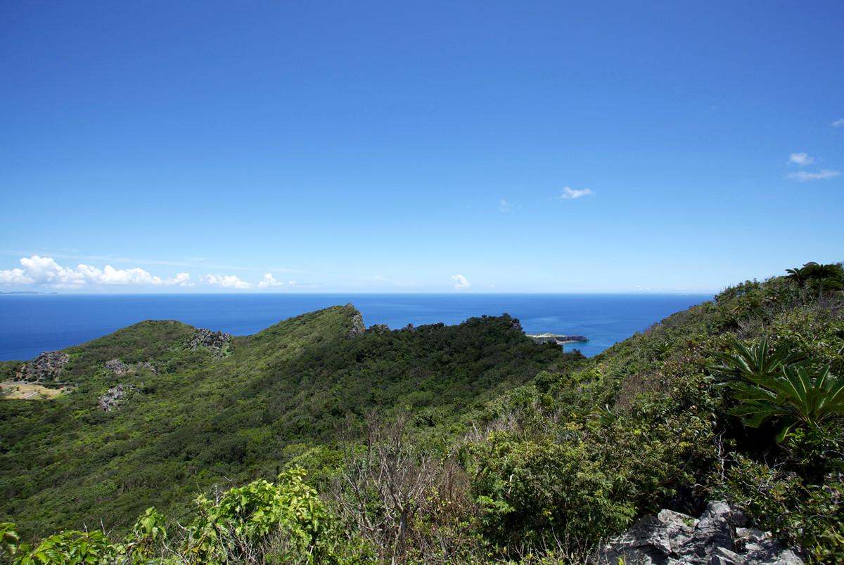 沖縄写真 安須森御嶽