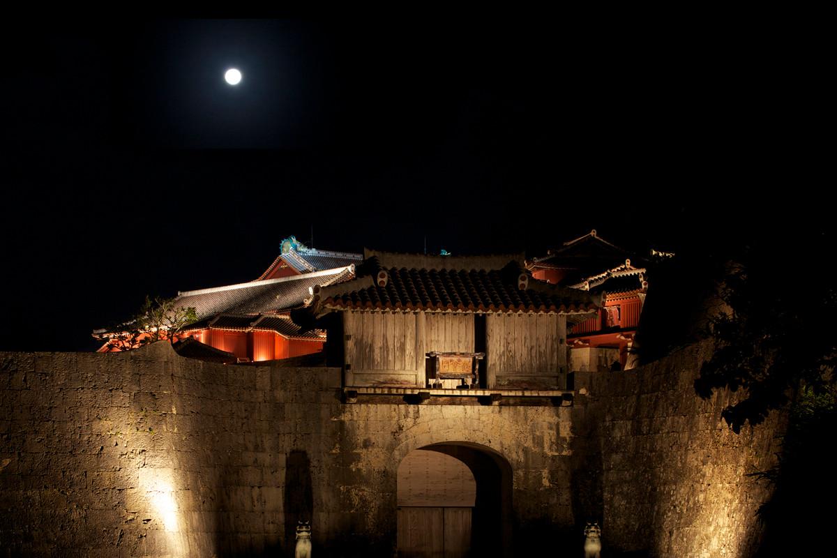 沖縄写真 首里城 歓会門 沖縄の世界遺産