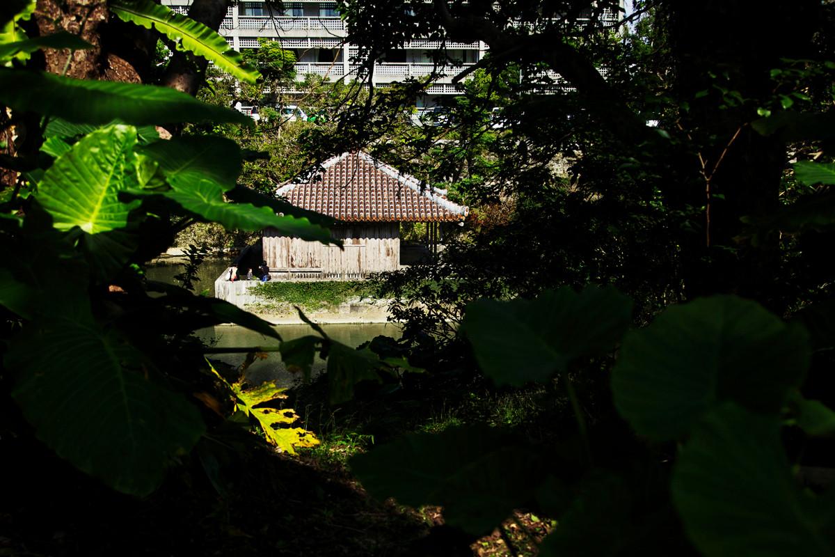 沖縄写真 首里城 弁財天堂