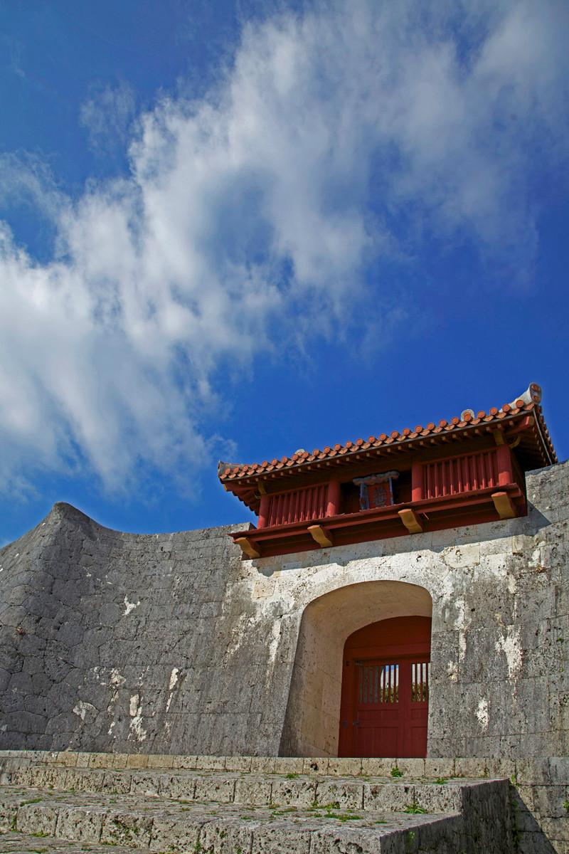 沖縄写真 首里城 継世門 沖縄の世界遺産