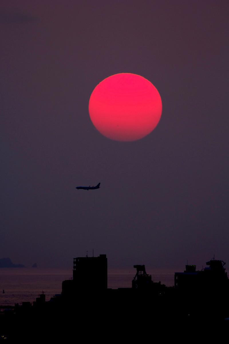 沖縄写真 真っ赤な太陽