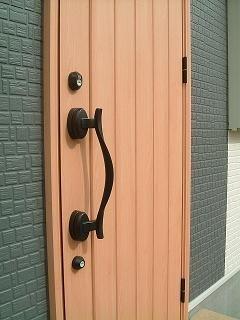 戸建住宅の玄関扉