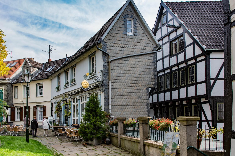 Hattinger Kirchplatz