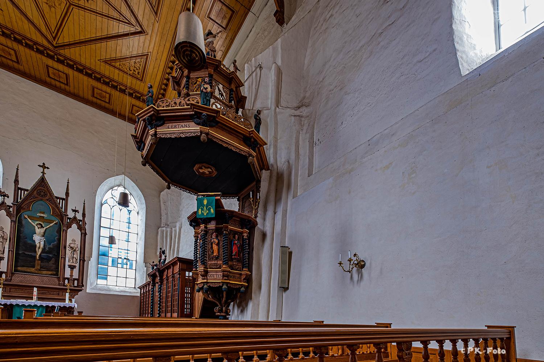 Warnfried-Kirche von Osteel