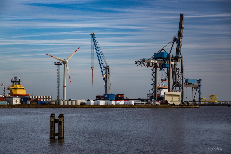 Emdener Seehafen