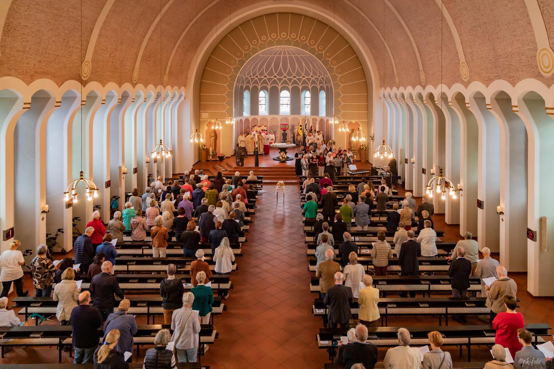 Festgottesdienst zur 90-Jahrfeier mit Weihbischof Schepeler