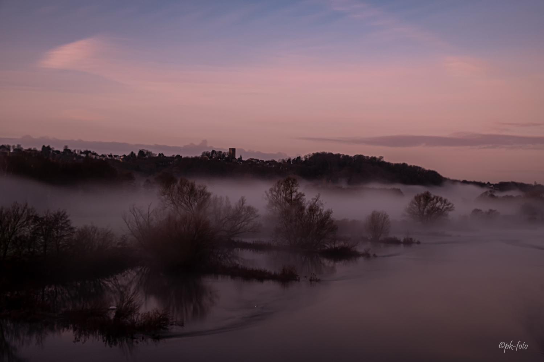 Nebel auf der Ruhr in Blankenstein
