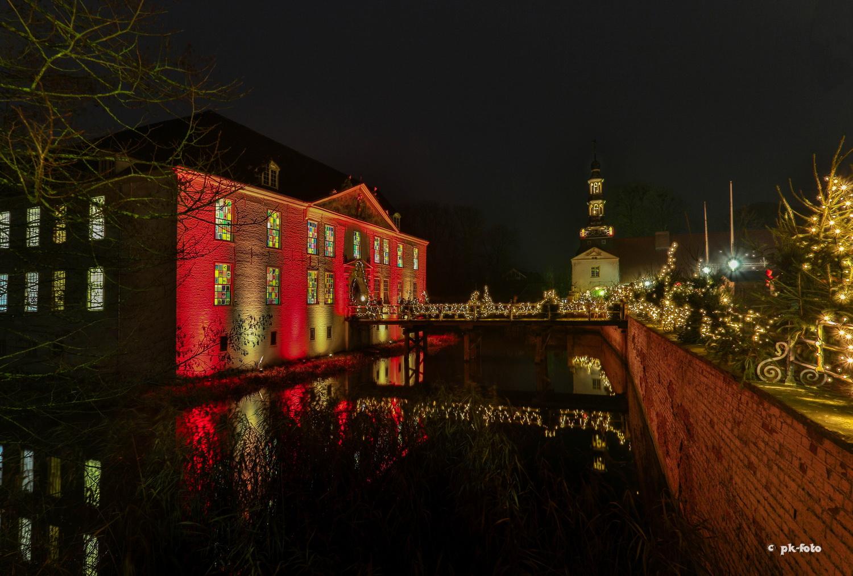 Schloss Dornum zur Weihnachtszeit - Leserfoto des Monats im Ostfriesland-Magazin 12/2017