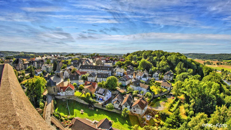 Blick von der Burg auf Hattingen-Blankenstein