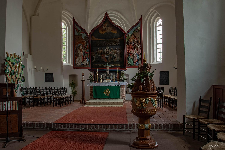 St. Paulus-Kirche in Filsum (vermutlich) 13. Jahrhundert