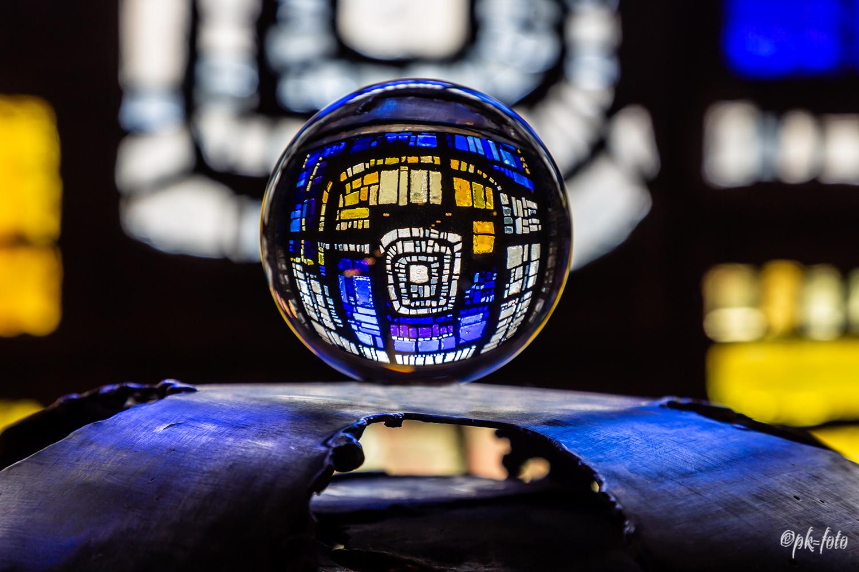 Kugel in Taufkapelle St. Josef - Hattingen-Welper