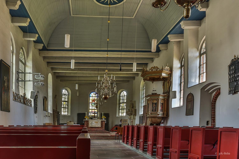 Nicolai Kirche Pewsum von 1360