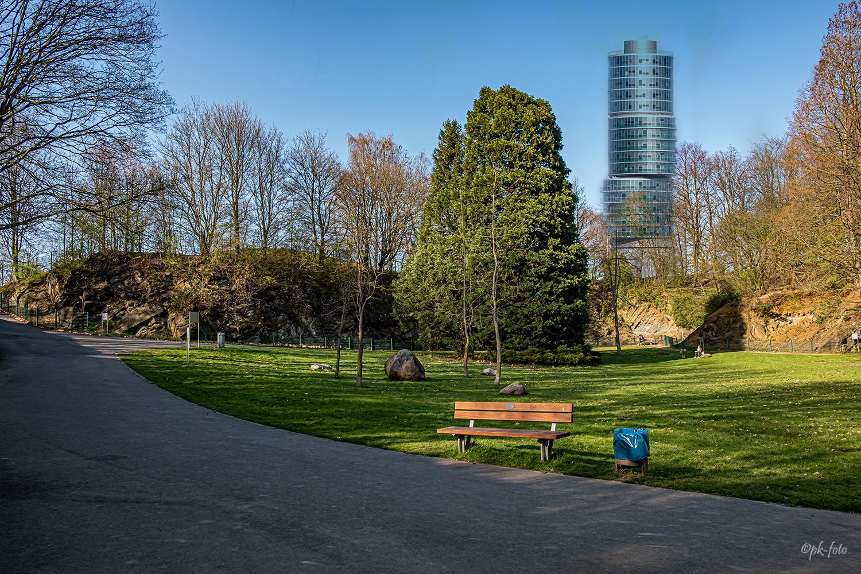 Excenterturm an den Geologischen Park in Bochum versetzt