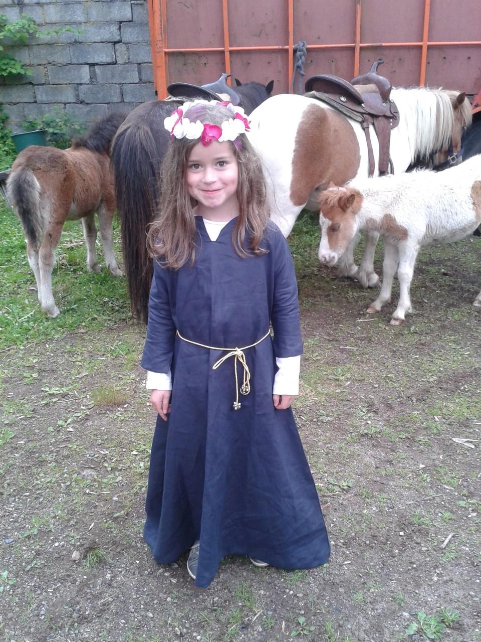 Robe médiévale enfant - Médiévales de Murol 2014 - Nathalie Navarro Créations