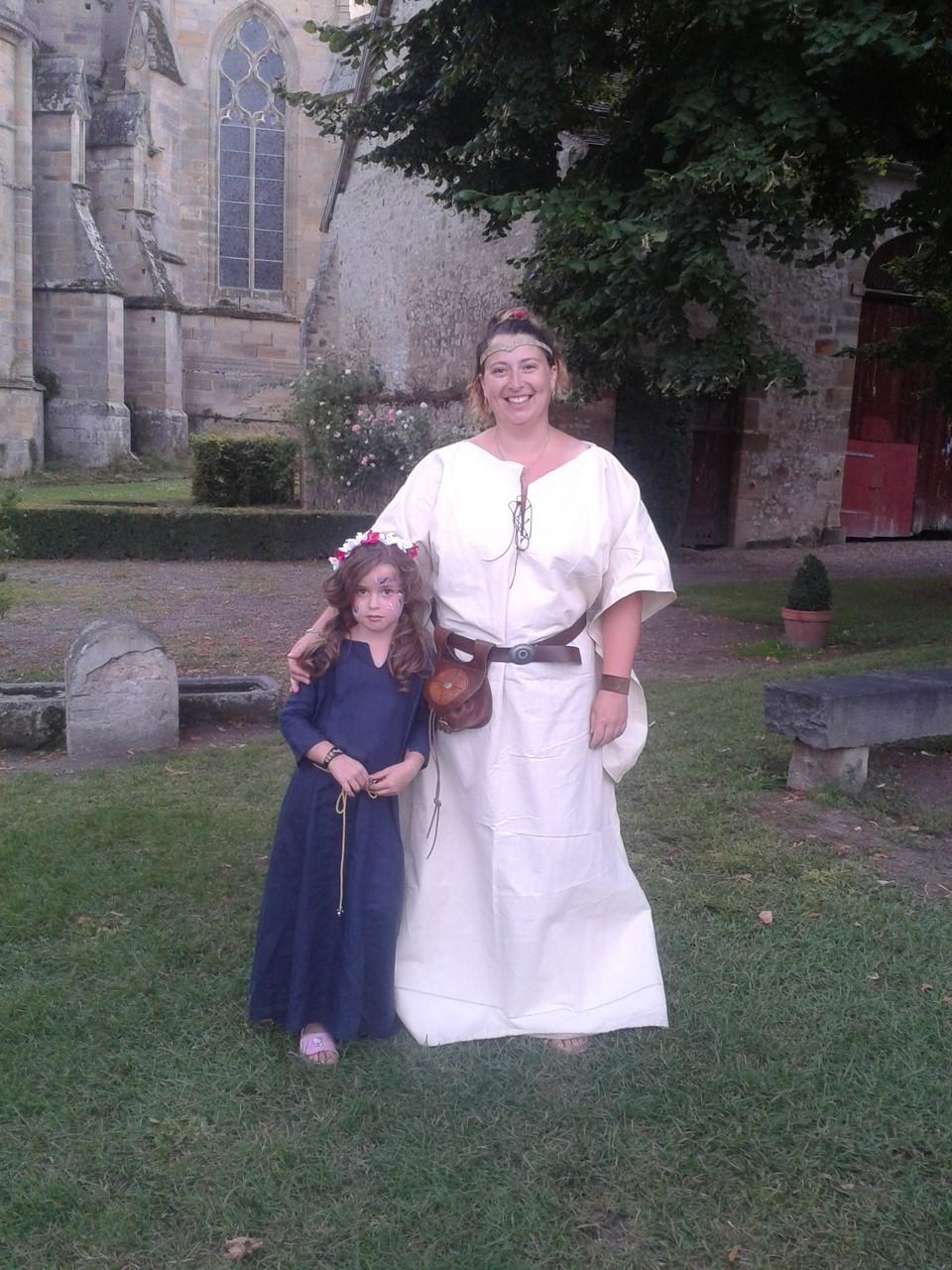 Robe médiévale femme et enfant - Médiévales Souvigny 2014 - Nathalie Navarro Créations