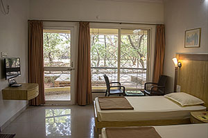 Doppelzimmer Atmasantulana Village