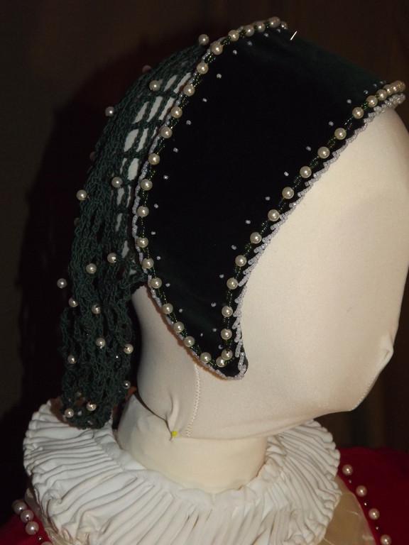 Haube mit Haarnetz aus Samt ab 1350