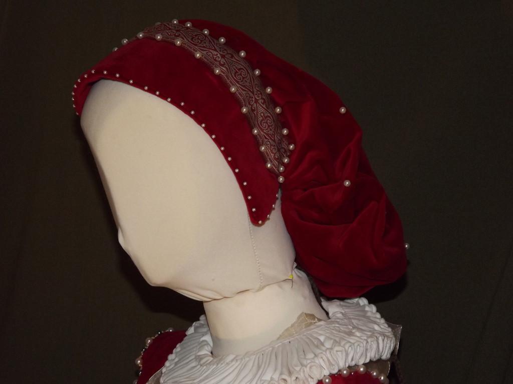 Haube mit Haarsack aus Samt ab 1350
