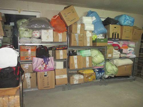 Das volle Spendenlager von www.not-hund.de