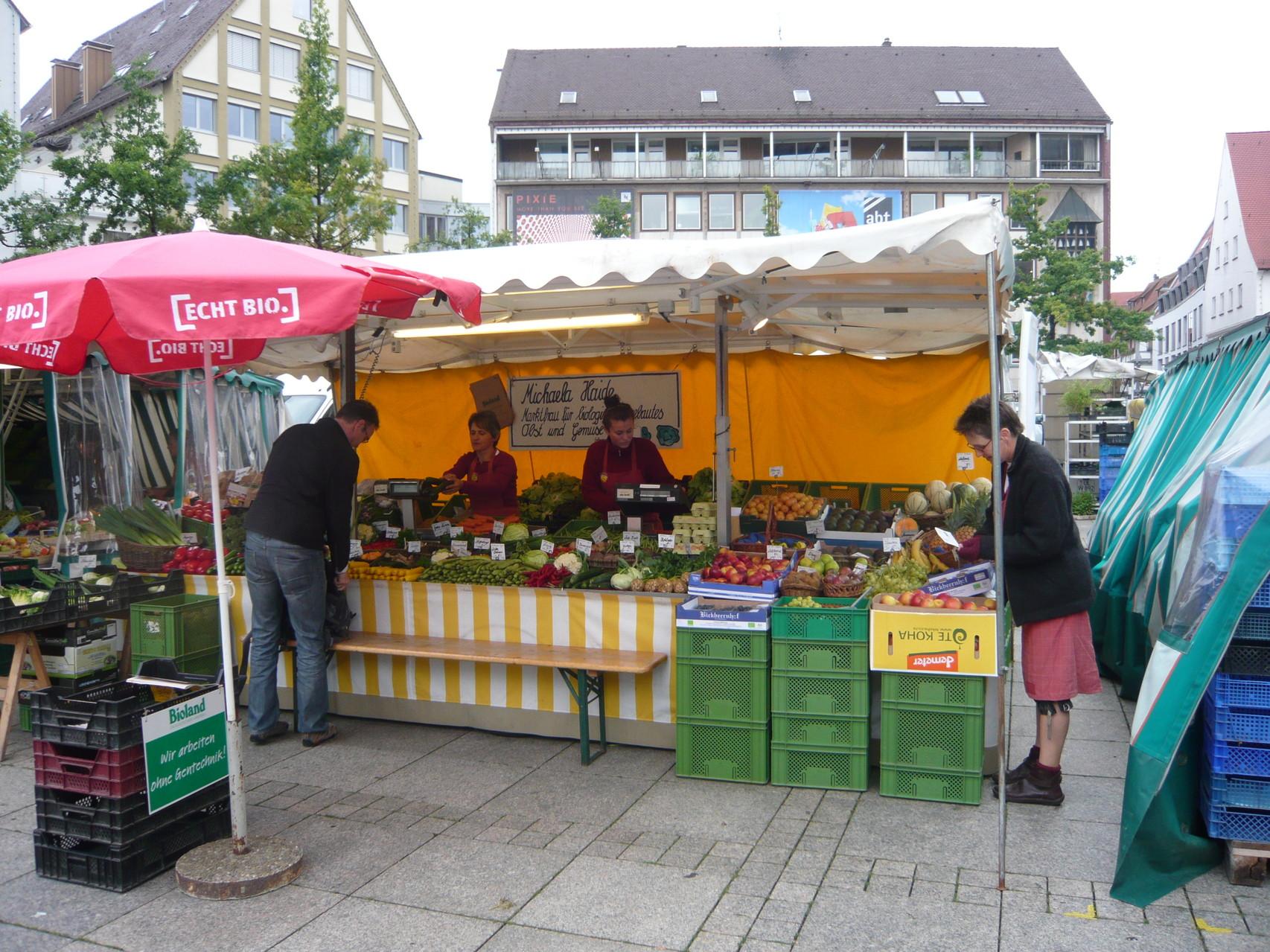 Marktfrau Michaela Haide