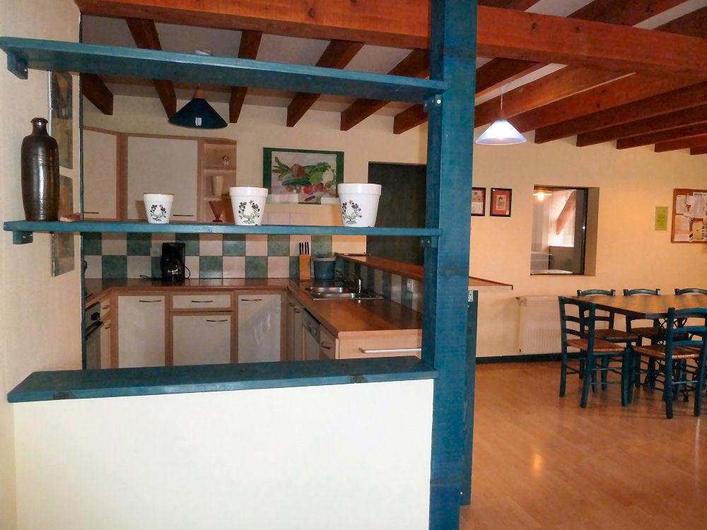L'Indigo : de l'entrée, vue sur la cuisine