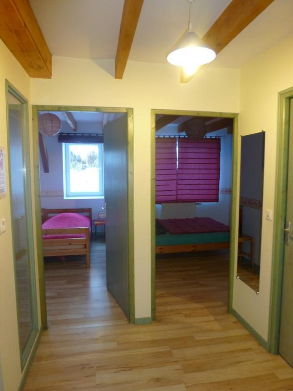 couloir entre pièce de vie et chambres