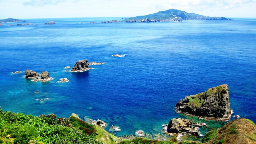 妹島から観た乳房山