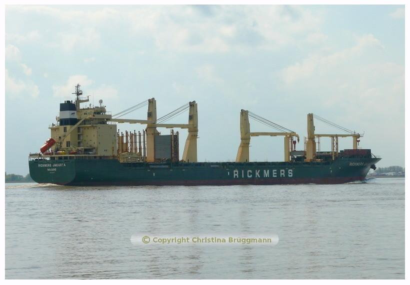 RICKMERS JAKARTA auf der Elbe 08.05.2015 / BILD 5